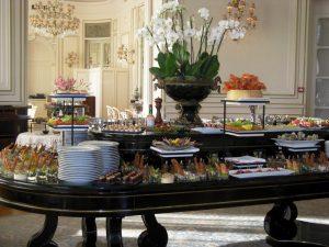 Buffet champêtre pour vos déjeuners professionnels pour des amateurs de produits du terroir.
